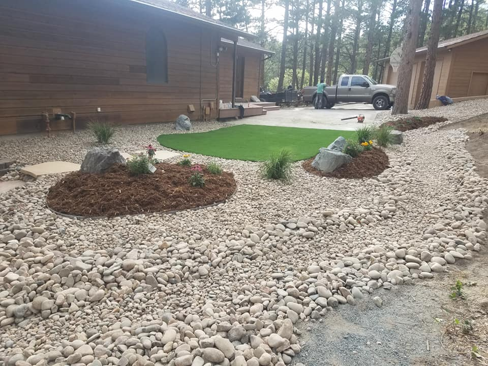 Amazing Grass Landscaping and Fencing
